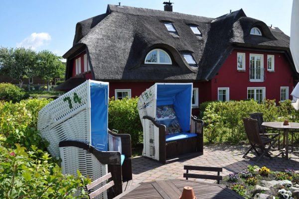 urlaub-halbinsel-moenchgut-karolas-landhus-in-alt-reddevitz