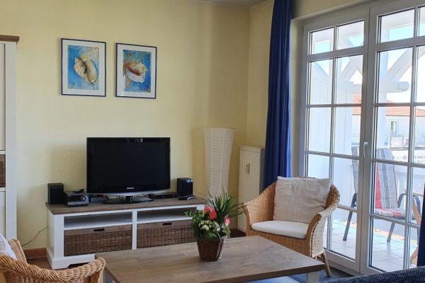 villa-sanddorn-binz-wohnung-27-wohnbereich-mit-flachbild-tv
