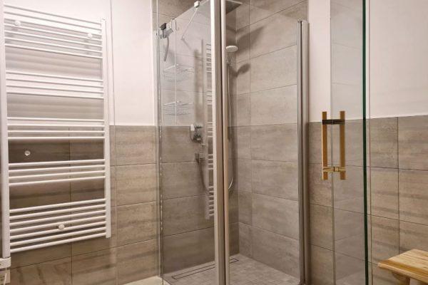 haus-besch-alt-reddevitz-auf-ruegen-apartment-wellenrauschen-sauna-mit-dusche