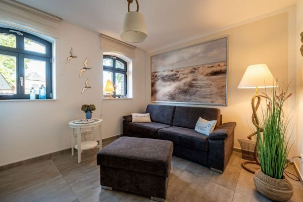haus-besch-alt-reddevitz-apartment-traumblick-schlafzimmer2-mit-schlafcouch