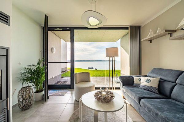 haus-besch-alt-reddevitz-apartment-traumblick-blick-auf-terrasse