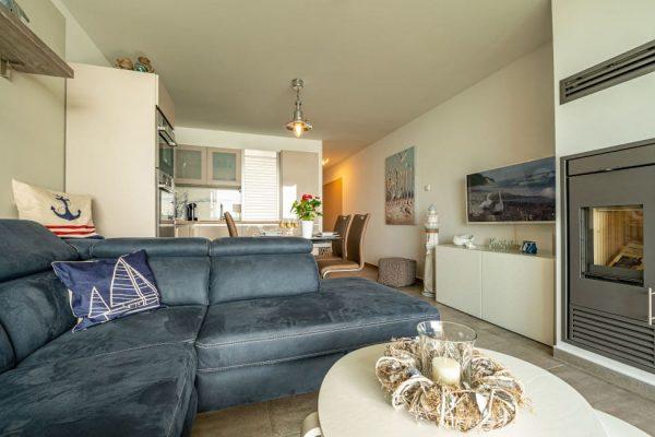 haus-besch-alt-reddevitz-ruegen-apartment-traumblick-wohnbereich