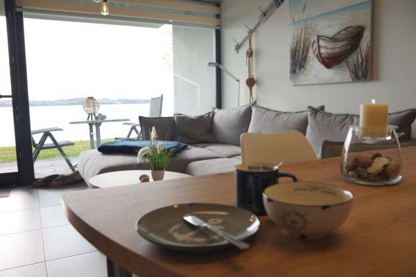 haus-besch-alt-reddevitz-apartment-casa-del-mar-wohnbereich-mit-terrasse