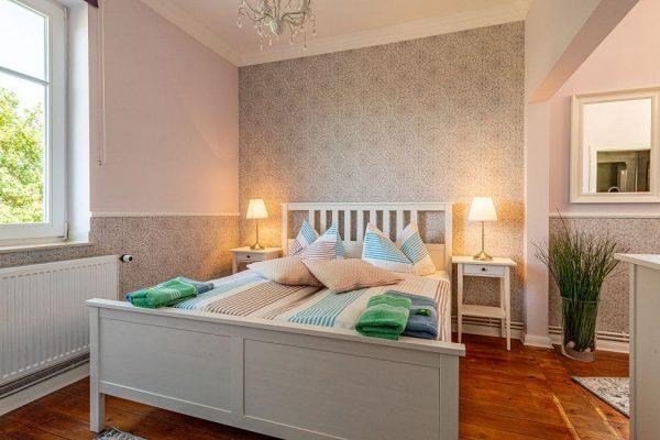 pension-villa-wahnfried-haus-der-ruhe-in-thiessow-doppelzimmer-6-mit-doppelbett