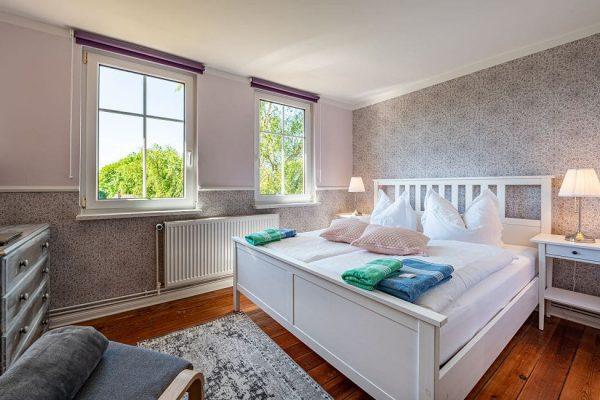 pension-villa-wahnfried-an-der-ostsee-auf-ruegen-doppelzimmer-7-mit-doppelbett