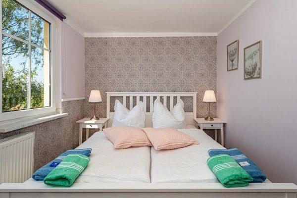 villa-wahnfried-auf-ruegen-in-thiessow-doppelzimmer-7-mit-doppelbett