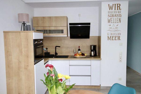 haus-besch-alt-reddevitz-auf-ruegen-apartment-2-voll-ausgestattete-kueche-des-apartments